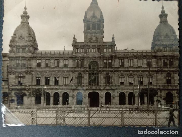 Fotografía antigua: LOTE 4 FOTOGRAFIAS DE A CORUÑA. GALICIA. AÑO1957. (10cm x 7cm). MILITAR.. - Foto 2 - 165058434