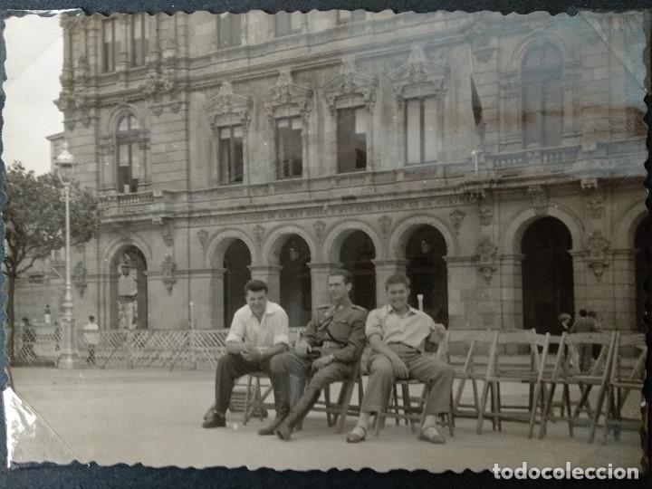 Fotografía antigua: LOTE 4 FOTOGRAFIAS DE A CORUÑA. GALICIA. AÑO1957. (10cm x 7cm). MILITAR.. - Foto 5 - 165058434