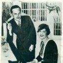 Fotografía antigua: PRINCIPE ALFONSO DE BORBÓN Y EDELMIRA SAMPEDRO. AÑO 1933. GRAN FOTO DE AGENCIA. Lote 165371594