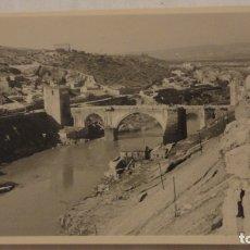 Fotografía antigua - ANTIGUA FOTOGRAFIA.VISTA PUENTE ALCANTARA.TOLEDO AÑOS 50 - 165688238
