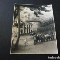 Fotografía antigua: PAMPANEIRA ALPUJARRAS GRANADA FOTOGRAFIA AL CARBON 1954 POR ROBERT GILLON PRESIDENTE SENADO BELGICA. Lote 165748354