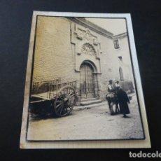Fotografía antigua: TUDELA NAVARRA ESCENA FOTOGRAFIA AL CARBON 1935 POR ROBERT GILLON PRESIDENTE SENADO BELGICA. Lote 165748902