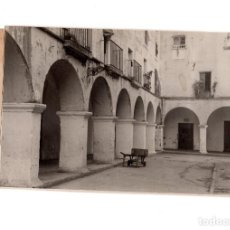 Fotografía antigua: BADAJOZ.- PLAZA ALTA. FOTO PESINI. 11,5 X 17,5 CM. Lote 166328546