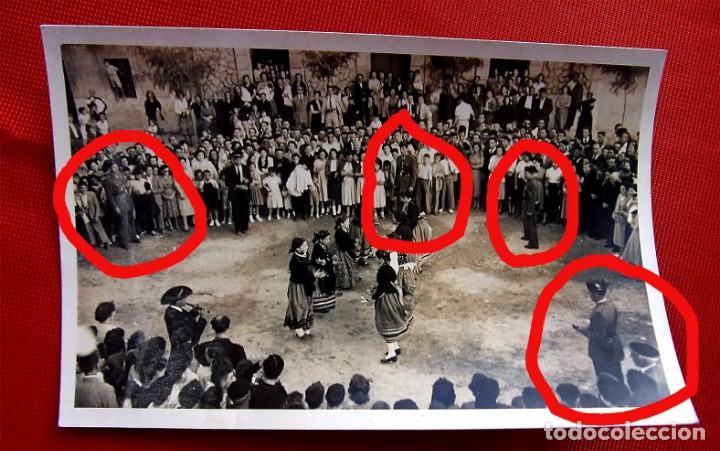 Fotografía antigua: BURGOS. 7 FOTOS. BAILES EN TRAJE REGIONAL. GUARDIA CIVIL. AÑO: 1954. FOTO FEDE. BUEN ESTADO. - Foto 4 - 166748182
