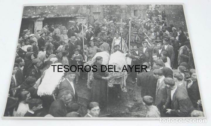 FOTOGRAFIA DE F. PACHECA, FOTOGRAFO VIGO, ROMERIA, PROCESION, FIESTAS PATRONALES, GRAN TAMAÑO, MIDE (Fotografía Antigua - Fotomecánica)