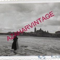 Fotografía antigua: SALAMANCA, 1956, RIO TORMES HELADO, 90X64MM. Lote 169340040