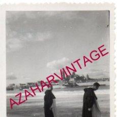 Fotografía antigua: SALAMANCA, 1956, RIO TORMES HELADO, 90X64MM. Lote 169340116