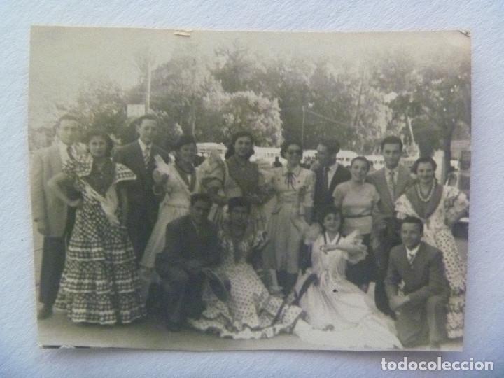 MINUTERO DE FOTOGRAFO DE FERIA : AMIGOS, SEÑORITAS VESTIDAS DE FLAMENCA (Fotografía Antigua - Fotomecánica)