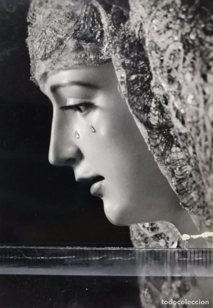 SEMANA SANTA SEVILLA. VIRGEN DE LORETO, HDAD. DE SAN ISIDORO. SELLO: HARETON Y HERMANDAD. (Fotografía Antigua - Fotomecánica)