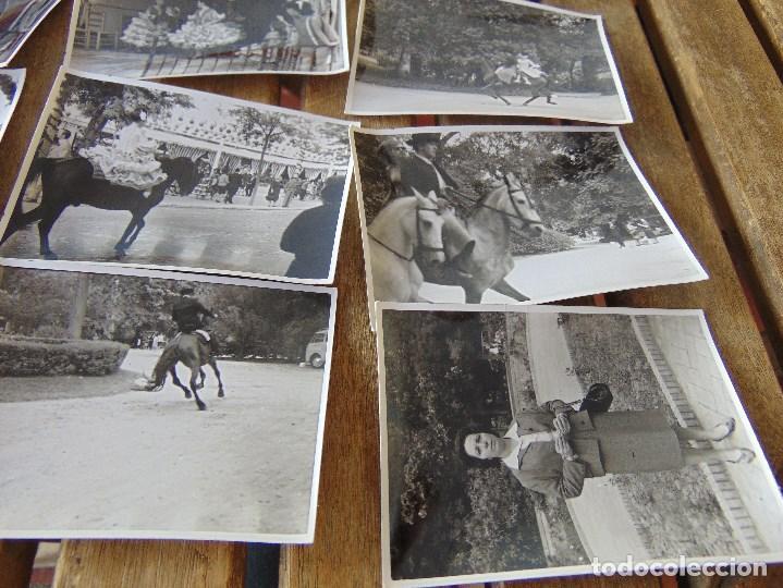 Fotografía antigua: LOTE 12 FOTO FOTOGRAFIAS FERIA SEVILLA AÑO 1965 - Foto 5 - 261781190