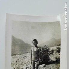 Fotografía antigua: FOTO DE NIÑO EN BAÑADOR. PRINCIPIOS DE SIGLO. Lote 171709488