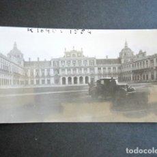 Fotografia antica: AÑO 1933. ARANJUEZ, MADRID. ANTIGUA FOTOGRAFÍA COCHE DE ÉPOCA.. Lote 172631509