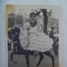 Fotografía antigua: MINUTERO DE FOTOGRAFO DE FERIA : NIÑA VESTIDA DE FLAMENCA EN CABALLITO . Lote 174308409