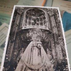 Fotografía antigua: ANTIGUA FOTOGRAFIA RELIGIOSA DE LA VIRGEN DE LA FUENSANTA EN LA IGLESIA DE SAN MIGUEL MURCIA. Lote 174483997