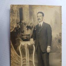 Fotografía antigua: HOMBRE ELEGANTE. ELEGANT MAN. ÉLÉGANT HOMME.. Lote 175162032