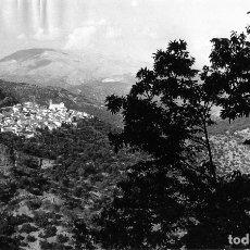 Fotografía antigua: FOTOGRAFIA AEREA-LOCALIDAD ALGATOCIN (MALAGA)-ORIGINAL 24 X 15 .VER FOTO ADICIONAL DEL REVERSO .. Lote 176544453