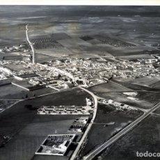 Fotografía antigua: FOTOGRAFIA AEREA-LOCALIDAD FRIGILIANA (MALAGA)-ORIGINAL 24 X 18-VER FOTO ADICIONAL DEL REVERSO .. Lote 176545192