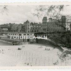Fotografía antigua: FOTO ORIGINAL SANTANDER VISTA DE LA PLAYA AÑO 1961. Lote 176924089