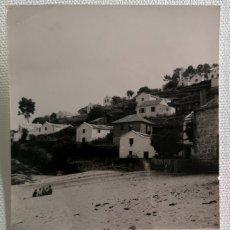 Fotografía antigua: FOTOGRAFÍA ANTIGUA CASAS DE PESCADORES EN EL RÍO LOIRA EN PONTEVEDRA GALICIA. Lote 177738869