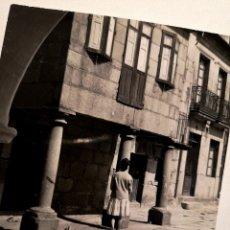 Fotografía antigua: FOTOGRAFÍA CALLE DE FIGUEROA EN PONTEVEDRA GALICIA. Lote 177745874