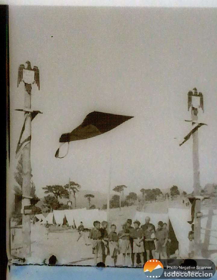 Fotografía antigua: 34 cliches originales de flechas marchando hacia el campamento en tren y del campamento años 40 - Foto 4 - 178221045