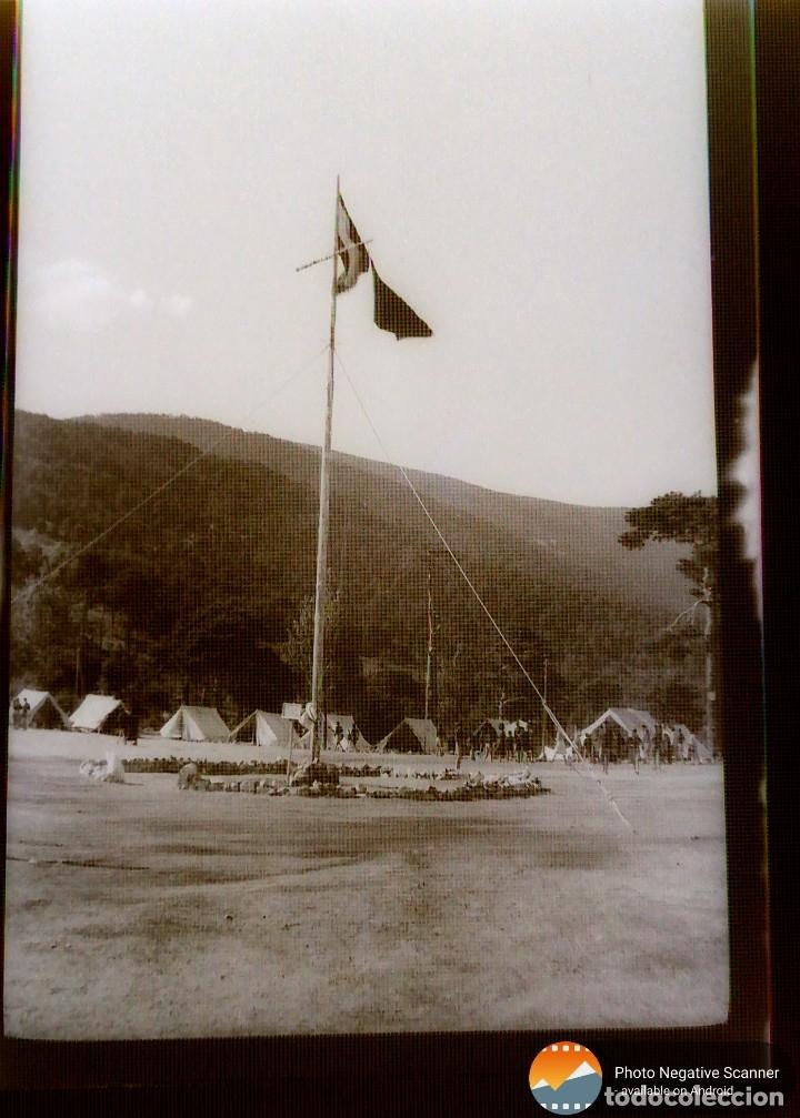 Fotografía antigua: 34 cliches originales de flechas marchando hacia el campamento en tren y del campamento años 40 - Foto 33 - 178221045