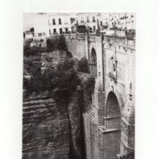 Fotografía antigua: RONDA.(MÁLAGA).-PUERTA DEL EL TAJO DE RONDA.FOTO GUERRERO. 12X18.. Lote 178375876