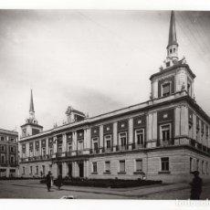 Fotografía antigua: HUELVA.- AYUNTAMIENTO. FOTO SOBRINO L.ROISIN. 24X17,5.. Lote 178665738
