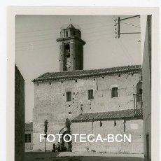 Fotografía antigua: FOTO ORIGINAL CANDASNOS IGLESIA DE LA ASUNCION HUESCA AÑO 1952. Lote 178674345