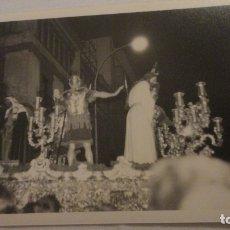 Fotografía antigua: ANTIGUA FOTOGRAFIA CRISTO PASO SEMANA SANTA SEVILLA AÑOS 60. Lote 179203272