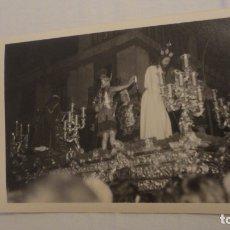 Fotografía antigua: ANTIGUA FOTOGRAFIA CRISTO PASO SEMANA SANTA SEVILLA AÑOS 60. Lote 179203336