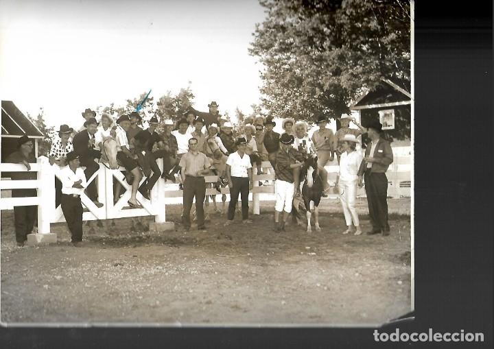 Fotografía antigua: LOTE DE 61 FOTOS Y 2 FOLLETOS PROPAGANDAS ESTUDIOS HERMANOS BLANCO ISAAC BLANCO CON SUS CREACIONES - Foto 9 - 179546152
