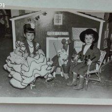 Fotografía antigua: MINUTERO DE FOTÓGRAFO DE FERIA: NIÑA VESTIDA DE FLAMENCA Y NIÑO CAMPERO EN VILLA RATITA. Lote 180112853