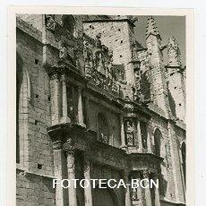 Fotografía antigua: FOTO ORIGINAL MONTBLANC IGLESIA SANTA MARIA LA MAJOR AÑOS LLEIDA AÑO 1956. Lote 180342250