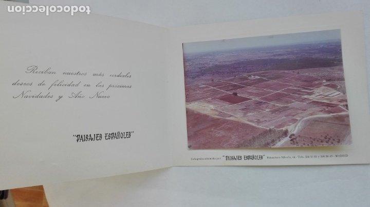 FOTO AÉREA DE UN CAMPO. FELICITACIÓN DE NAVIDAD DE PAISAJES ESPAÑOLES. AÑOS 70 (Fotografía Antigua - Fotomecánica)