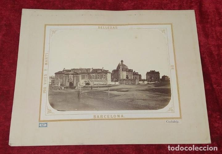 Fotografía antigua: LA CIUDADELA DE BARCELONA. FOTOGRAFÍA. VIVES Y MARTÍ. ESPAÑA. SIGLO XIX - Foto 2 - 181740367