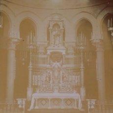 Fotografía antigua: ALTAR MAYOR DE SANTA MADRONA DE BARCELONA. FOTOGRAFÍA. DEDICADA. ESTEBAN MONEGAL.ESPAÑA. 1898. Lote 182163183