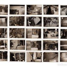 Fotografía antigua: 25 FOTOGRAFÍAS DE INTERIOR DE AVIÓN. AVIACIÓN ESPAÑOLA. 18,5X12.. Lote 182329505