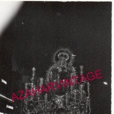 Fotografía antigua: SEVILLA, 1970, PROCESION REINA DE TODOS LOS SANTOS, OMNIUM SANCTORUM, 105X75MM. Lote 183462935