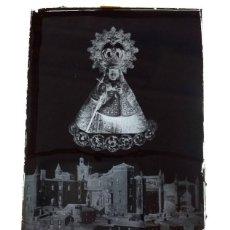 Fotografía antigua: GUADALUPE CÁCERES ANTIGUO CLICHÉ DE NTRA SRA DE GUADALUPE REINA DE LAS ESPAÑAS NEGATIVO CRISTAL. Lote 183840238