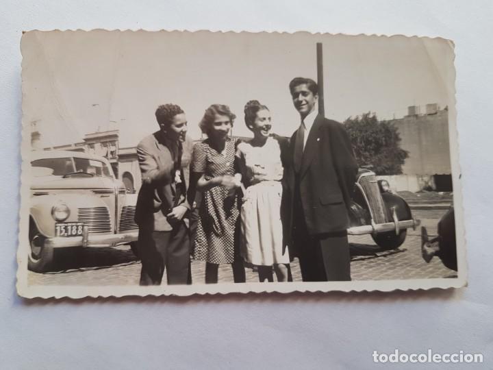 PUERTO DE BUENOS AIRES, 1947, JOVENES PAREJAS, YOUNG COUPLES (Fotografía Antigua - Fotomecánica)