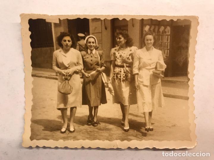 CÁDIZ. FOTOGRAFÍA ORIGINAL. LAS CHICAS DE LA CRUZ ROJA.. FOTO: SUÁREZ (H.1950?) (Fotografía Antigua - Fotomecánica)