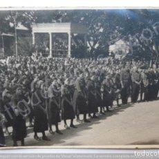 Fotografía antigua: FOTOGRAFÍA ANTIGUA. SECCIÓN FEMENINA. GUÍA. GRAN CANARIA. (17,5 X 13 CM). Lote 189828410