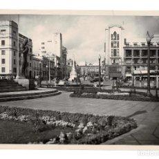 Fotografía antigua: SANTA CRUZ DE TENERIFE.- HOTEL OROTAVA.. ESCULTURA DEL GUERRERO. FOTO E. BAENA. 19X29.. Lote 191345490