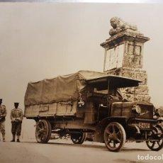 Fotografía antigua: MILITARES ALTO DEL LEON MADRID COPIA AÑOS 80 DEL ORIGINAL 1915 HISPANO SUIZA 40/50 CV 25 X 20 CMTS. Lote 191568415