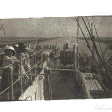 Fotografía antigua: FOTOGRAFÍA DE CUBIERTA DE BARCO. Lote 191653227