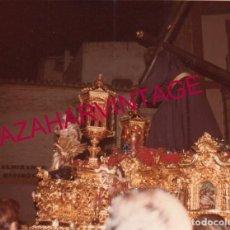 Fotografía antigua: SEMANA SANTA SEVILLA, 1981, CRISTO DE LOS GITANOS,90X130MM. Lote 193910758