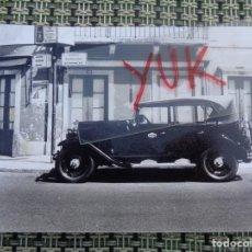 Fotografía antigua: ANTIGUA FOTO DE TAXI EN ESPAÑA AÑOS 30 / 40 - DESCONOZCO EL LUGAR. Lote 194265348