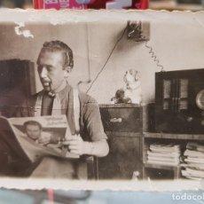 Fotografía antigua: ANTIGUA FOTOGRAFIA EQUIPO RADIOAFICIONADO EMISORA O SIMILAR CARTAGENA MURCIA. Lote 194280638