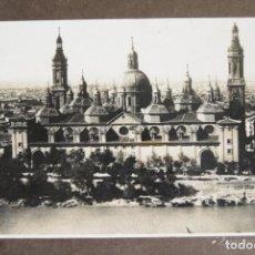 Fotografía antigua: FOTOGRAFIA AEREA 32 X 21 CM ZARAGOZA EL PILAR RIO EBRO CIRCA 1930. Lote 194489363